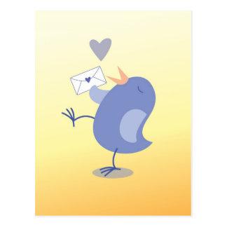手紙を持つかわいく小さいツィーターの鳥! ポストカード