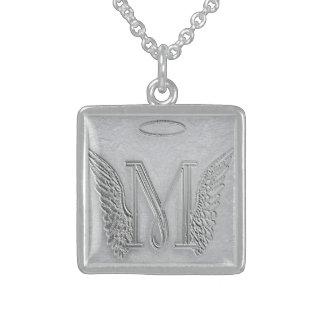 手紙Mの記念物のモノグラム スターリングシルバーネックレス