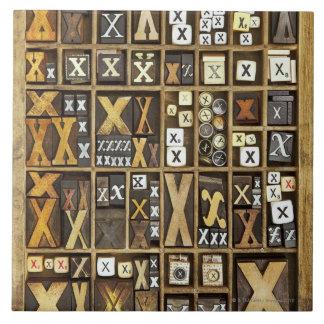 手紙X 正方形タイル大
