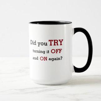 """技術サポート: """"再度を離れてそしてで"""" マグカップ"""