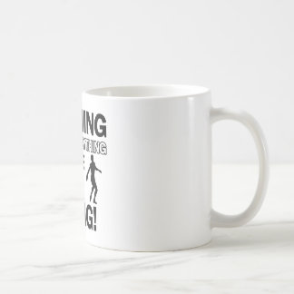 投球の円盤投げのデザイン コーヒーマグカップ