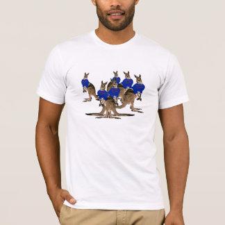 抜け目がない暴徒の下で Tシャツ
