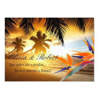 披露宴ビーチの日没のヤシの木の極楽鳥 カード