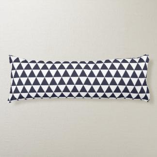 抱き枕-クラシックで青い三角形パターン ボディピロー