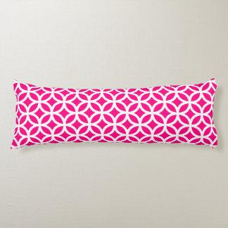 抱き枕-ショッキングピンクの幾何学的なパターン ボディピロー