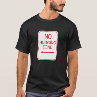 抱き締める地帯無し Tシャツ