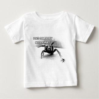 抱擁-タランチュラの芸術のデザイン8 --を必要として下さい ベビーTシャツ