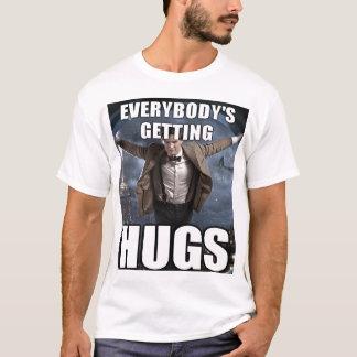 抱擁 Tシャツ