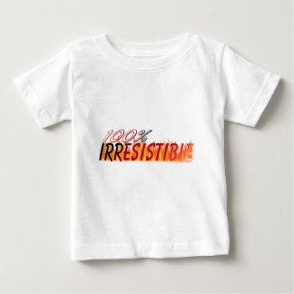 抵抗できない ベビーTシャツ