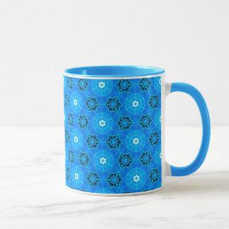 抽象的でモダンなスカイブルーの花、円、星 マグカップ