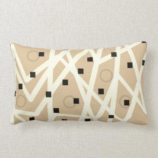 抽象的で幾何学的でモダンな枕日焼けおよび白 ランバークッション