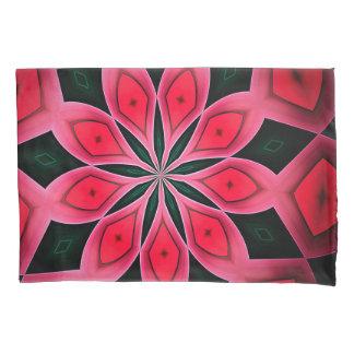 抽象的で赤く、深緑色パターン背景 枕カバー