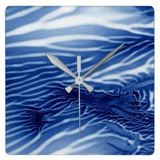 抽象的で青い海 スクエア壁時計
