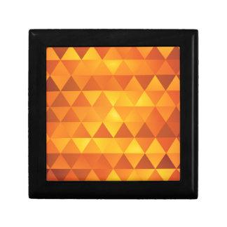 抽象的で黄色い三角形 ギフトボックス