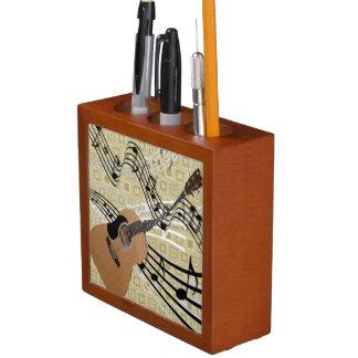 抽象的なギターの机のオルガナイザー ペンスタンド
