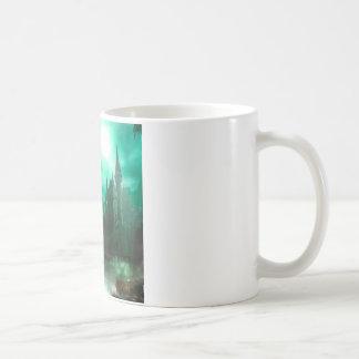 抽象的なファンタジーのヒスイの月光の城 コーヒーマグカップ