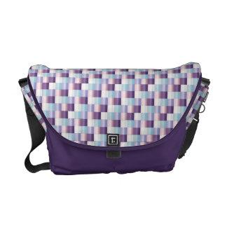 抽象的なモザイク模様の紫色のラベンダーの質 クーリエバッグ