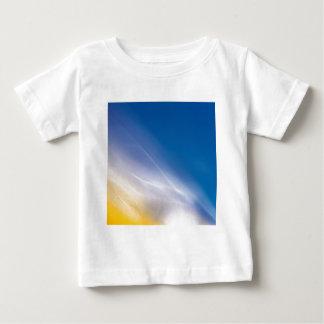 抽象的な水晶はひびを反映します ベビーTシャツ