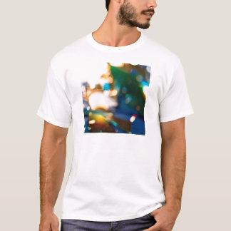抽象的な水晶は宝石の盗人を反映します Tシャツ
