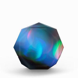 抽象的な水晶はLightsaberを反映します 表彰盾