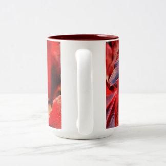 抽象的な紅葉のマグ ツートーンマグカップ