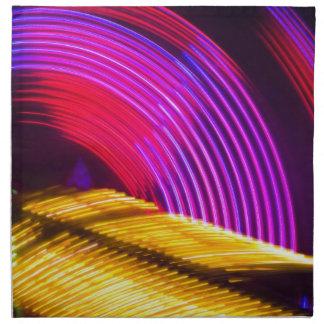 抽象的な紫色の黄色く赤いおよび緑色航法燈 ナプキンクロス
