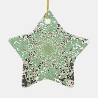 抽象的な緑の花のダリアの花模様 陶器製星型オーナメント