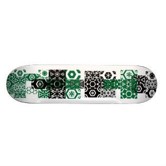 抽象的な緑の黒いおもしろいのカッコいいのスケートボード スケボーデッキ