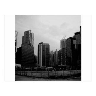 抽象的な都市によって捨てられる都市 ポストカード