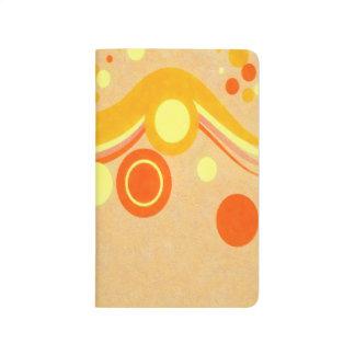 抽象美術のブラウンの背景黄色およびオレンジCI ポケットジャーナル