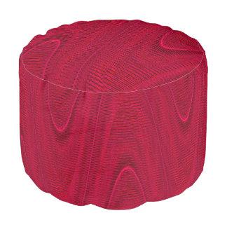 抽象芸術によって編まれる糸、石目やすり。 赤円形のPoufの座席 プーフ