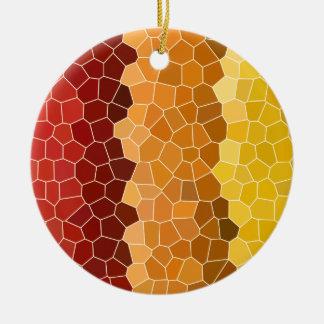 抽象芸術のステンドグラスの秋の赤いオレンジ黄色 セラミックオーナメント