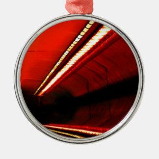 抽象芸術色の赤い地下鉄の伸張 メタルオーナメント
