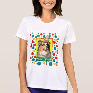 招待状のカップケーキ-オーストラリアの羊飼い- Dustine Tシャツ