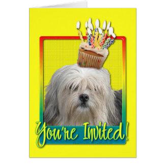 招待状のカップケーキ- Lowchen カード