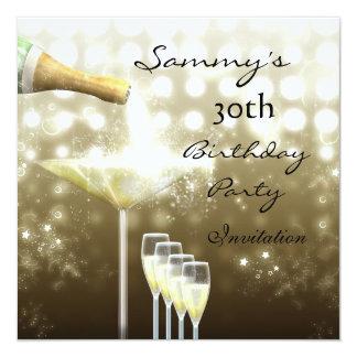 招待状の第30誕生会のエレガントなベージュ金ゴールド カード