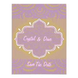 招待状のMehndiのHennaフレームのピンク カード