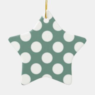 挨りだらけのセージグリーンおよび白の水玉模様パターン セラミックオーナメント