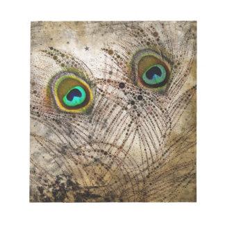 挨りだらけの孔雀はメモ帳に羽をつけます ノートパッド