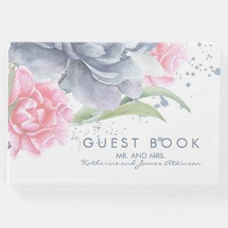 挨りだらけの青く、ピンクの花の水彩画の結婚 ゲストブック