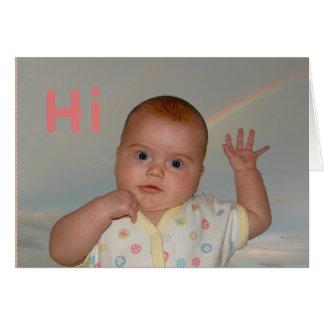 """挨拶状でと""""こんにちは""""振っているベビー カード"""
