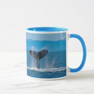 捕鯨に対するザトウクジラの尾、 マグカップ