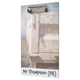 採取して素晴らしい魚は青いベージュビーチのユート語を合わせます クリップボード