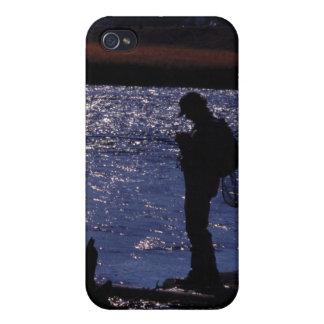 採取は薄暗がりを耕します iPhone 4/4S カバー