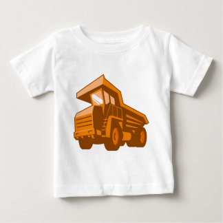 採鉱トラックの低い角度のレトロのスタイル ベビーTシャツ