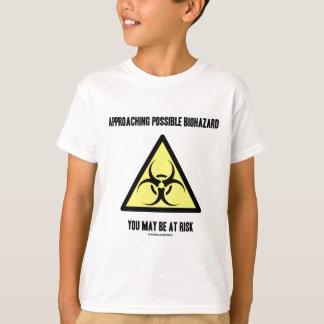 接近の可能な生物学的災害[有害物質]危険な状態にあるかもしれません Tシャツ