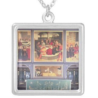 描写するトリプティクが付いている祭壇 シルバープレートネックレス