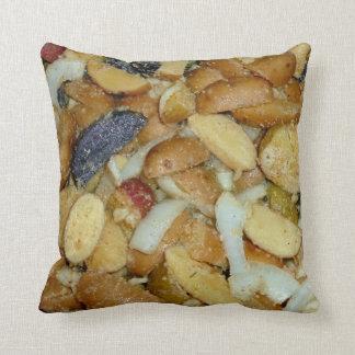 揚げられていたポテトのチーズタマネギの食糧写真 クッション