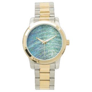 揺らめく海洋波の金ゴールドの銀の空想の腕時計Juul 腕時計
