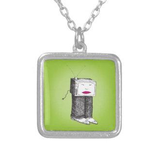 携帯用TV シルバープレートネックレス